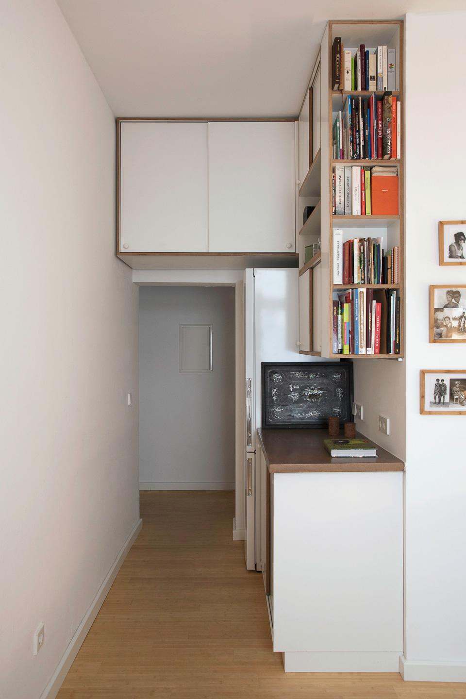 Archiv im Hängeschrank / BLU – Tiny Leaving