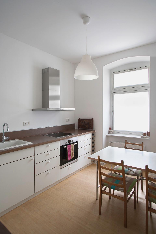 Küchenzeile / BLU – Tiny Leaving