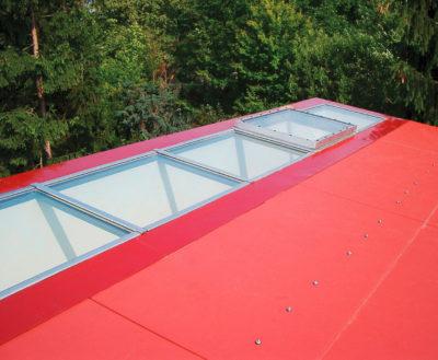 Dachverglasung Raumfuge / Roter Kubus in Schöneiche